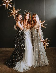 New Years Celestial Wedding Inspiration with Star Dresses for the Bridesmaids an. New Years Celestial Wedding Inspiration with Star Dresses for the Pretty Dresses, Beautiful Dresses, Awesome Dresses, Prom Dresses, Formal Dresses, Wedding Dresses, Black Bridesmaid Dresses, Bridesmaid Outfit, Starry Night Wedding
