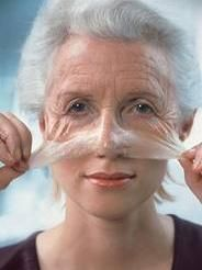 10 Simple Home Remedies For Anti-Aging