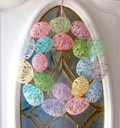 Húsvéti tojás koszorú fonalból / Mindy -  kreatív ötletek és dekorációk minden napra