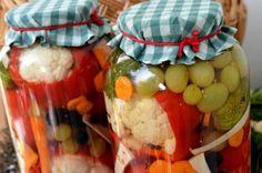 gogosari umpluti cu conopida si struguri Chutney, Fruit Salad, Pantry, Gem, Modul, Vegetables, Cooking, Food, Preserves