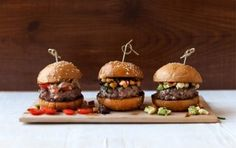 Spring has officially sprung now and we are preparing for the much anticipated sunshine with this recipe for magic mini burgers. So if you are planning a braai or spring party, these mini burgers will go down a treat. Vegetarian Barbecue, Barbecue Recipes, Vegetarian Cooking, Vegetarian Recipes, Mini Burgers, Beef Burgers, Veggie Burgers, Real Food Recipes, Cooking Recipes