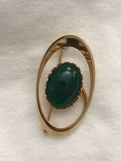 Vintage Gold Tone Green Jewel Center Brooch Pin Collectible Gift   | eBay