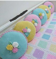 Knitting diy sweater pillow covers new Ideas Crochet Cushion Cover, Crochet Pillow Pattern, Crochet Motifs, Crochet Cushions, Crochet Patterns, Crochet Shawl, Diy Pillow Covers, Diy Pillows, Cushion Covers