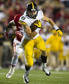 c9295c2a7 17 Iowa relying on young receivers in 2016