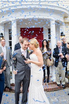 Bride and Groom at the Bee & Thistle Inn @beeandthistlect #confetti #joy