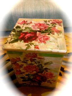DECOUPAGE IT YOURSELF