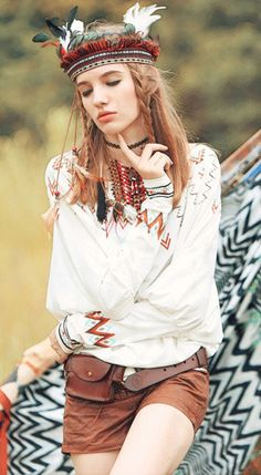 Fashiontroy Bohemian long sleeved crew neck white printed cotton blend T-shirt