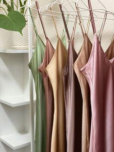 V-neck silk slip dress midi Blush pink bias silk dress Stretch Emo Dresses, Dress Outfits, Fashion Outfits, Flapper Dresses, Emo Outfits, Punk Fashion, Lolita Fashion, Party Dresses, Fashion Women