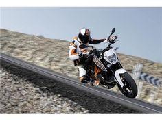 KTM 690 Duke Duke R 2016 for sale on Trade Me, New Zealand's auction and classifieds website Ktm 690, Sport Bikes, Motorbikes, Duke, Vehicles, Sports, Motorcycles, Sport Motorcycles, Hs Sports