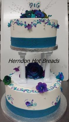 Herndon Hot Breads Custom cake
