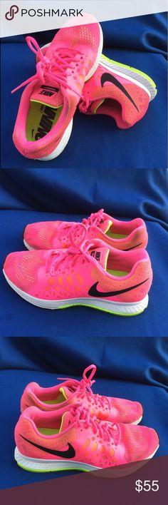 Nike Air Zoom Pegasus 31 size 8,5 Gently used Nike Shoes Sneakers