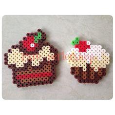 Cupcakes perler beads by pare_perlershop