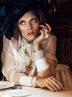 ** Vogue Paris Chic Ultimate Malgosia Bela Lachlan Bailey