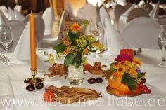 Hochzeitsdeko Herbst, Herbstliche Tischdeko Hochzeit, Kürbis mit ...