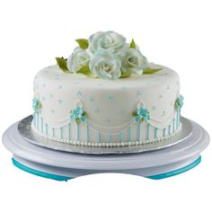 Cake decorating is an art. The process goes more smoothly when you use our Trim ?N Turn PLUS Cake Turntable, which allows you to easily, tidily and artistically add piped-icing embellishments.