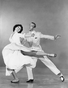 Cyd Charisse and Fred Astaire. S)