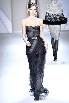 Monique Lhuillier Fall 2008 Ready-to-Wear Fashion Show - Michaela Kocianova