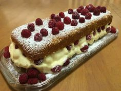 Liian hyvää: Kruunun kakku eli sahraminen manteli-perunakakku Tiramisu, Ethnic Recipes, Desserts, Food, Tailgate Desserts, Deserts, Essen, Postres, Meals