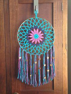 Dream Catcher Bedding, Doily Dream Catchers, Dream Catcher Craft, Dream Catcher Boho, Beautiful Dream Catchers, Purse Patterns Free, Crochet Purse Patterns, Cute Crochet, Crochet Crafts