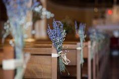 décoration église originale banc lavande