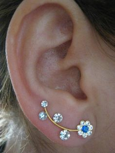 Ear Sweep Wrap - Cuff Earring with Swarovsky - Gold Filled - Daisy 1
