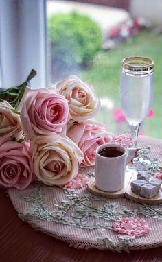 A sunny and blue path. I Love Coffee, Coffee Break, My Coffee, Sunday Morning Coffee, Morning Rose, Photography Tea, Coffee Flower, Coffee Photos, Breakfast Tea