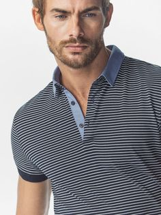 The Spring/Summer 2019 men's polo shirts collection at Massimo Dutti. Discover regular or slim fit polo shirts knitted, striped or plain. Polo Shirt Style, Mens Polo T Shirts, Slim Fit Polo Shirts, Boys T Shirts, Polo Outfit, Shirt Outfit, Tartan Men, Collar Designs, Guys And Girls