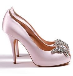 aruna-seth-sugar-pink-heels.png #heels #tacchi #tacones #talons #luxury #lux #luxueux #luxe #lusso #lujo #lujoso #shoes #chaussures #zapatos #scarpe #arunaseth #wedding #matrimonio #mariage #thinkpink #babypink #swarosvki # butterflies #papillons #mariposas #farfalla #farfalle