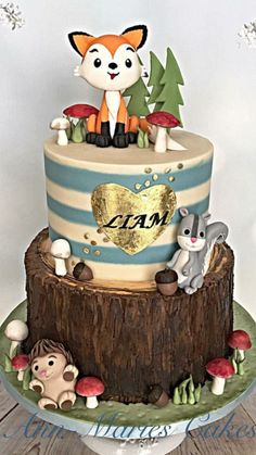 woodland cake Totally don't have a boy but this is so cute !!!