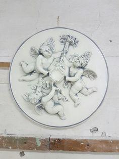 Rosone pittorico su gesso fase prima del argento a foglia