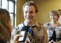 Boy Scouts vote to lift ban on gay youth - U.S. News