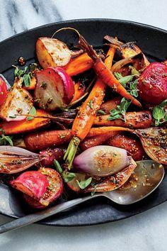 Oven Vegetables, Roasted Vegetables, Veggies, Radish Recipes, Carrot Recipes, Vegetarian Recipes, Cooking Recipes, Healthy Recipes, Healthy Food