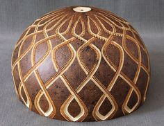 Hand Painted Gourds, Gourd Lamp, Candle Lamp, Wood Tools, Coconut Shell, Wooden Crafts, Art Activities, Diy Projects To Try, Artist At Work