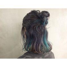 Verweisen in 2020 Pink Hair Dye, Dyed Blonde Hair, Ombre Hair, Medium Hair Styles, Curly Hair Styles, Korean Hair Color, Short Dyed Hair, Hair Color Streaks, Hair Shades