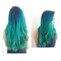 21/12/2015 mi mamá cumplió mi sueño ... Tener el pelo de color #azul #turquesa #verde #degradado