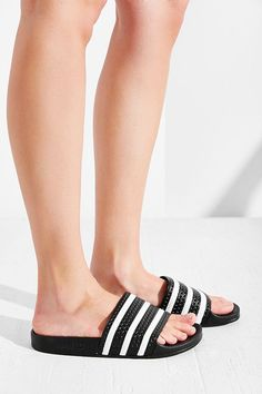 separation shoes 3592b bad21 adidas
