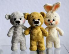 Teddy's - Jzamell Teddy's & Co. (loads more at source) Crochet Animal Amigurumi, Crochet Teddy, Crochet Bear, Crochet Animals, Crochet Toys Patterns, Baby Knitting Patterns, Stuffed Toys Patterns, Diy Crafts Crochet, Knitting For Kids