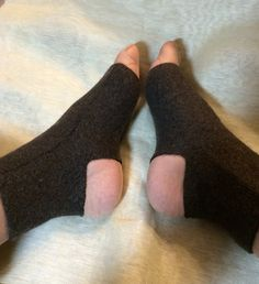 C57 brown metono wool felt Yoga socks sox  by mcleodhandcraftgifts
