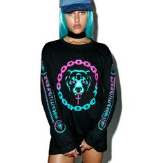 Long Clothing Mishka 2.0 Death Adder Chain Long Sleeve TShirt ($56) ❤ liked on Polyvore featuring tops, t-shirts, print tees, gold t shirt, graphic print t shirts, graphic design t shirts and bear t shirt