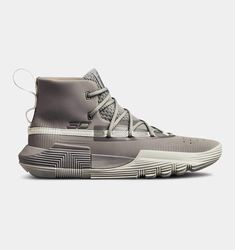 Basketball Shoes - Discovering The Right Shoes - Some Tips Top Basketball Shoes, Basketball Pictures, Basketball Court, Basketball Tips, Basketball Finals, Basketball Scoreboard, Basketball Birthday, Basketball Uniforms, On Shoes