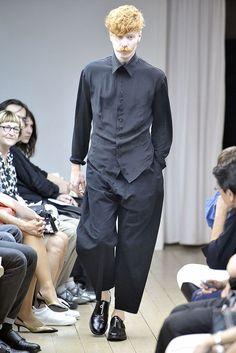 Yohji Yamamoto Spring 2011 Menswear Collection Photos - Vogue