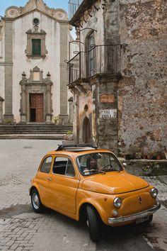 Yellow Fiat 500 in Taormina, Sicily - ITALIEN Italy. - Yellow Fiat 500 in Taormina, Sicily - Retro Cars, Vintage Cars, Vintage Auto, Audi Autos, Fiat Cinquecento, Taormina Sicily, Automobile, Fiat 600, Cute Cars