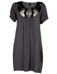 this would be a good dress for every day wear, of course gotta add a cute thin black belt.