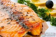 Receita de Salmão assado com alecrim e batata em receitas de peixes, veja essa e outras receitas aqui!