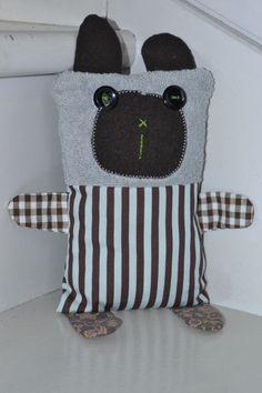 un doudou chat tutoriel et patrons chez isastuce jouets pinterest. Black Bedroom Furniture Sets. Home Design Ideas