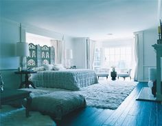 Moroccan handira in the bedroom