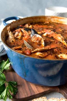 Considered the signature dish of San Francisco, Cioppino is a wonderful seafood stew that is perfect for entertaining and holidays. Serve this with crusty sourdough bread to sop up all the delicious broth for a truly Californian dining experience! Seafood Dinner, Fish And Seafood, Seafood Pasta, Italian Seafood Stew, Seafood House, Shrimp Soup, Fresh Seafood, Seafood Recipes, Cooking Recipes