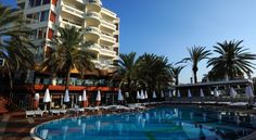 Elegance Hotels International Marmaris Marmaris This Mediterranean-style hotel offers 3 restaurants, 5 bars and 2 outdoor swimming pools. Guests can visit the spa, do a diving course or enjoy the sun on the seaside sundeck.