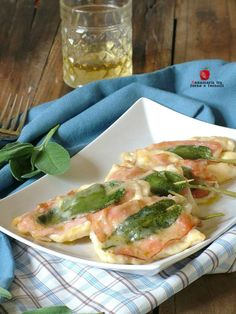 Italian Recipes The of creamy is a of really . Meat Cooking Times, Cooking Wine, Cooking Steak, Chicken Wing Recipes, Meat Recipes, Healthy Recipes, Pollo Chicken, Best Italian Recipes, Weird Food