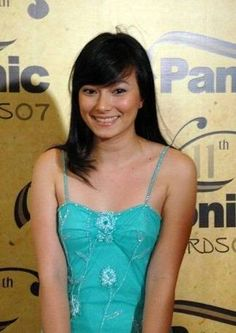 Hasil gambar untuk artis cantik indonesia hot